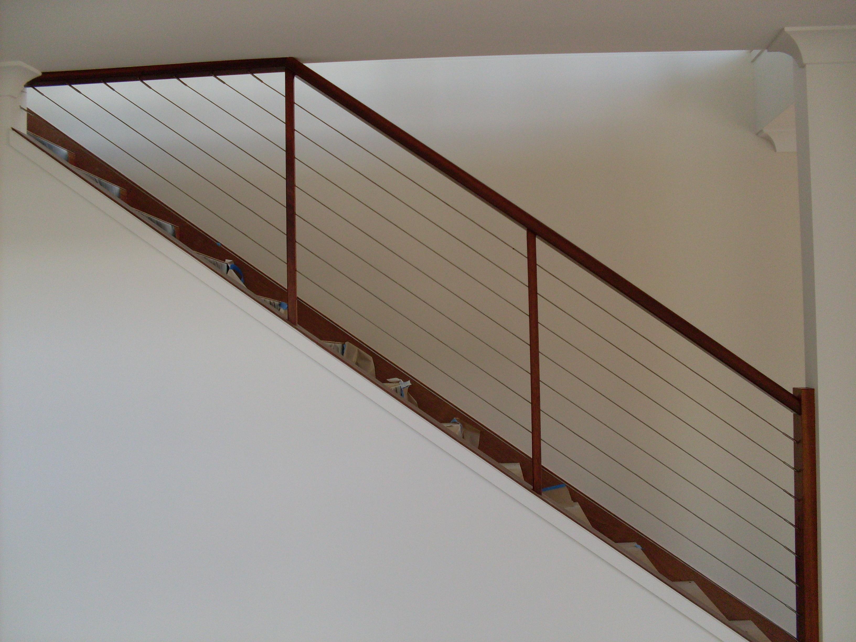 Diminshing wire balustrade